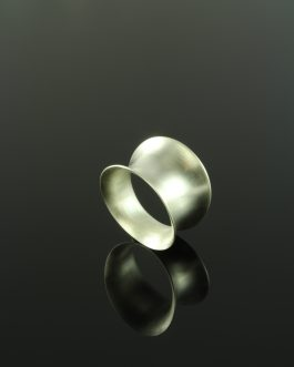 Collection Vulkana: HIRON Anticlastic forming Ring / matte polished