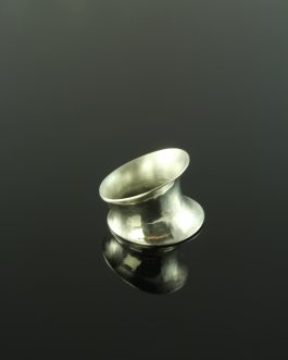 Collection Vulkana: HIRON Anticlastic forming ring / with visible marks of hammer